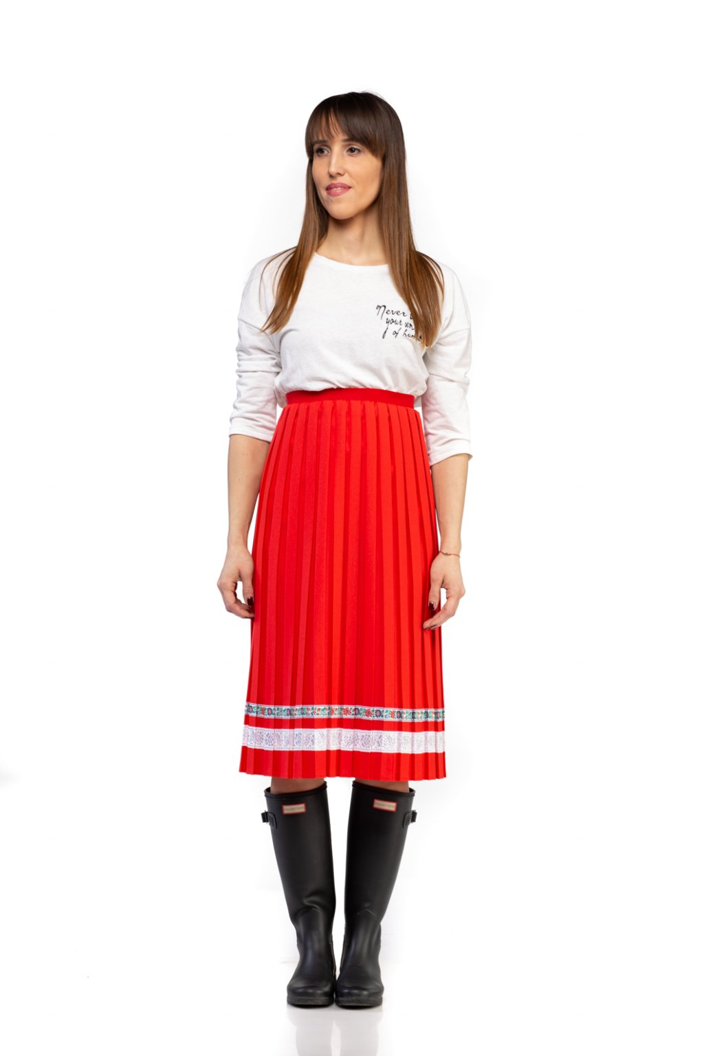 BUSINESS SUKŇA, BUSINESS SUKŇA, BUSINESS SKIRT, BUSINES, BASIC, CASUAL, BIZNIS PLISOVANÁ SUKŇA, PLEATING SKIRT, CASUAL SKIRT, PLEATED SKIRT, PLISSÉ,ČERVENÁ, ČERVENÁ SUKŇA, RED, RED SKIRT, FERARRI RED, BLOODY RED,MIDI, MIDI SKIRT, MIDI DĹŽKA, MIDI SUKŇA, SLOVAKIA
